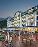 Cristallo Resort Spa Facciata al tramonto